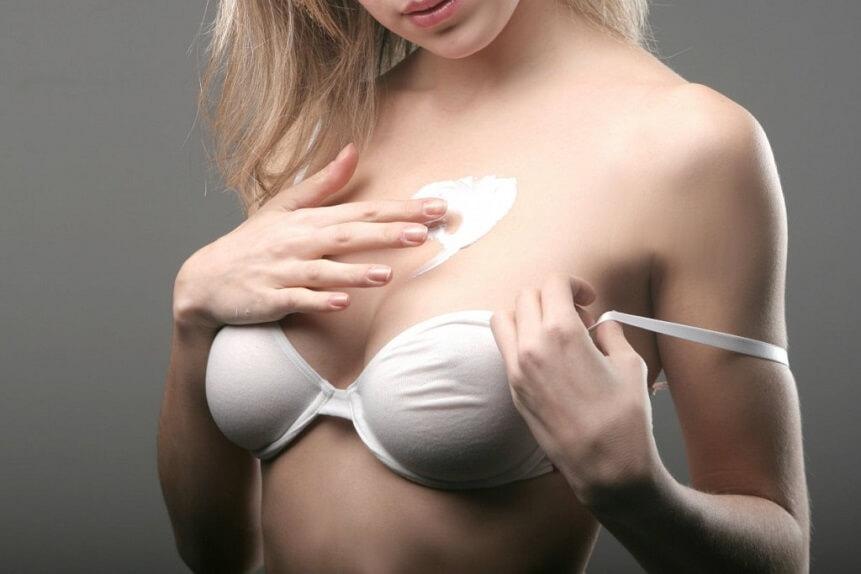 кремы и масла помогут избежать растяжек