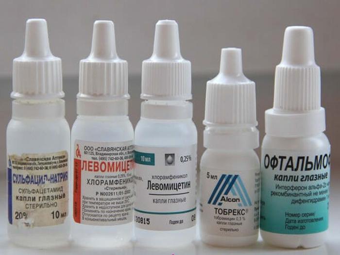 Глазные капли для лечения инфекционных заболеваний органов зрения с антибиотиком