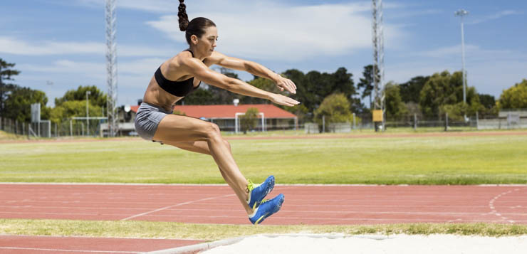 Как выполнять: прыжок в длину с разбега