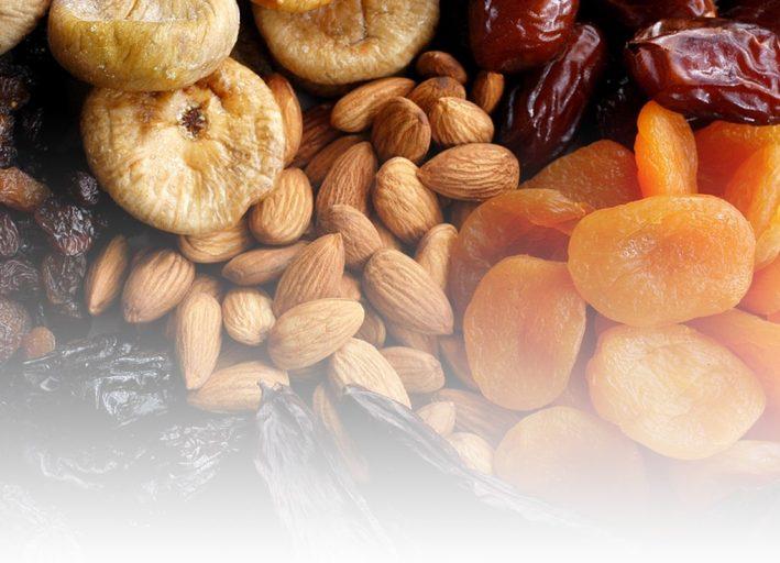Вот несколько примеров различий в калориях между свежими и сушеными фруктами.