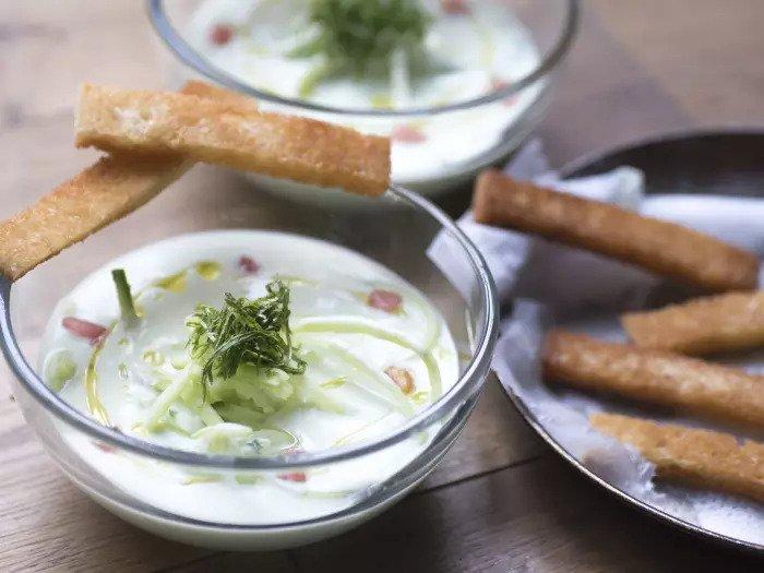 Йогуртовый суп с огурцами от Йоав Блиман