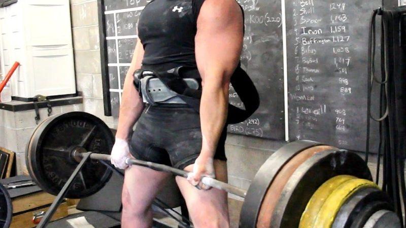 Как делать становую тягу сумо: полный обзор упражнения