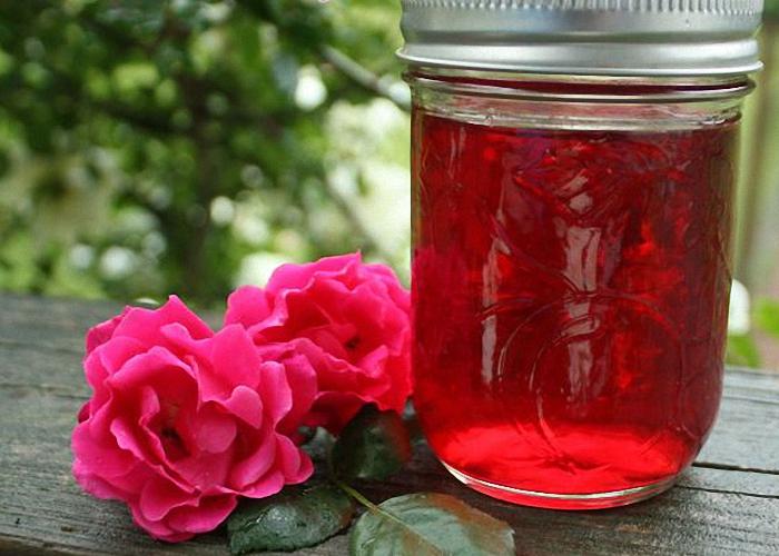 Настой из лепестков розы для лечения дакриоцистита