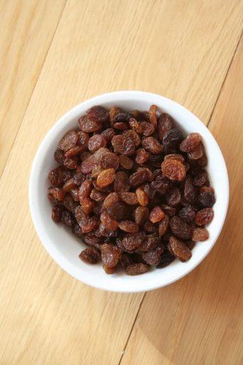 Iron, potassium and magnesium. Raisins