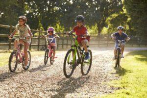Девочки и мальчики. Велоспорт