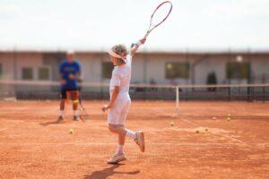 Как выбрать секцию тенниса?