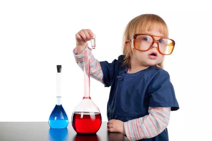 Девушка ученый