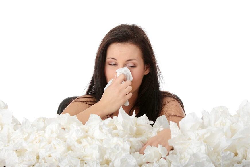 гайморит сопровождается обильными выделениями из носа