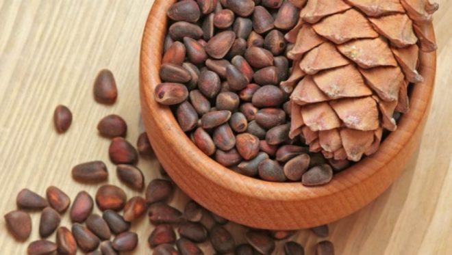 Можно ли орехи кормящей маме: кедровые, фундук и пр.