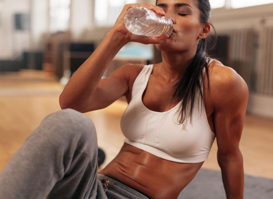 Вода после тренировки необходима для ускорения метаболизма