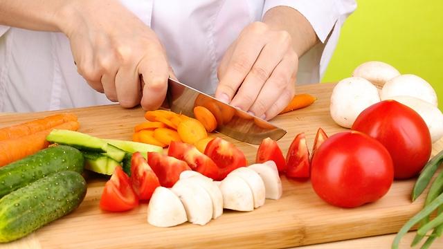 סלט ירקות. הרכיבים הבריאים