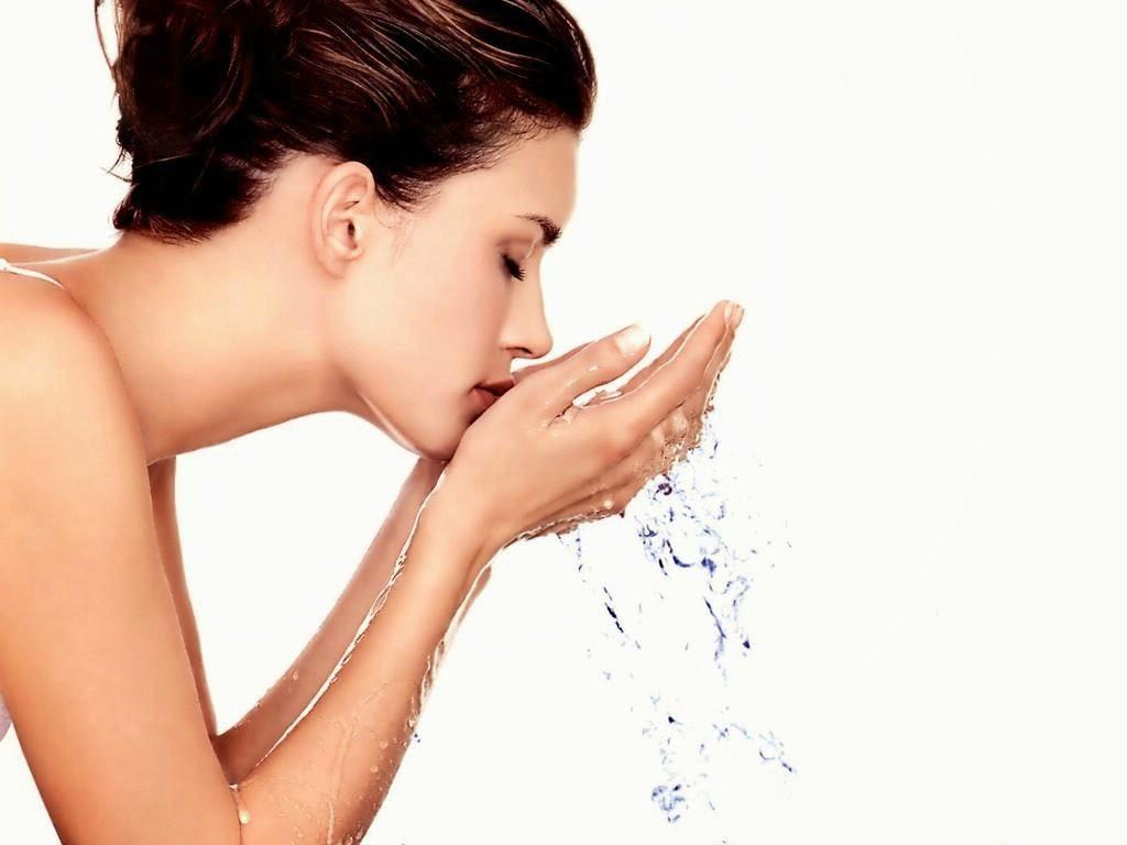 промывание глаз