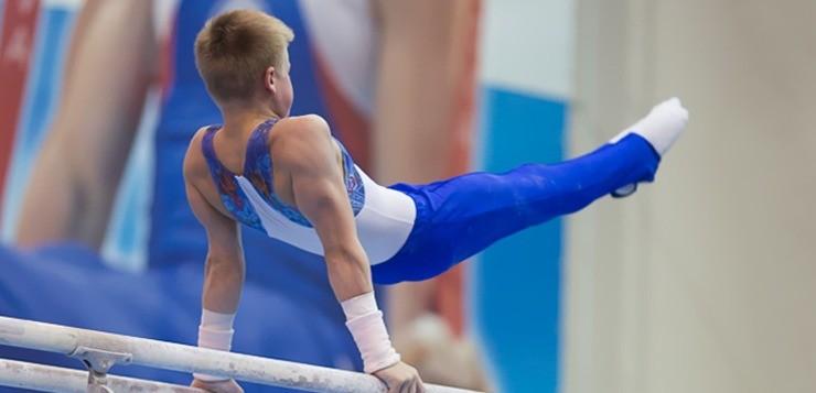 Спортивная гимнастика: со скольки лет и какая польза