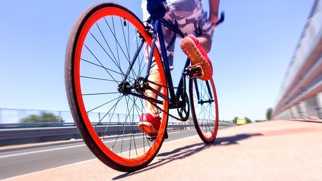 Какова идеальная скорость вращения педалей?