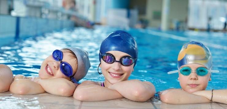 Очки для плавания для ребенка: как правильно подобрать