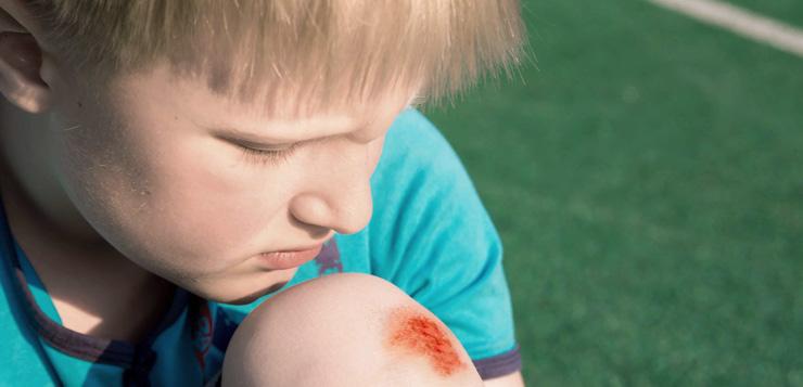 Аптечка спортсмена: антисептики для обработки ран, ссадин, порезов