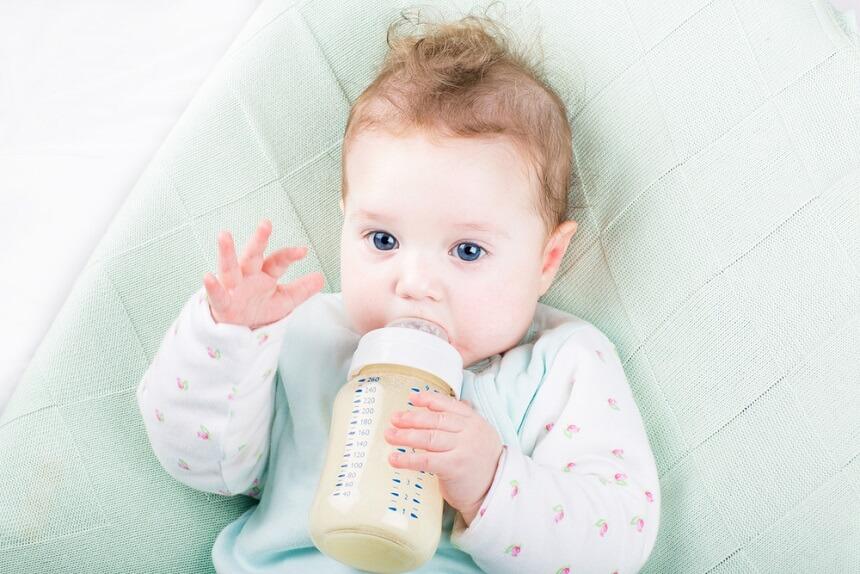 ребенка кормят только свежеприготовленным питанием