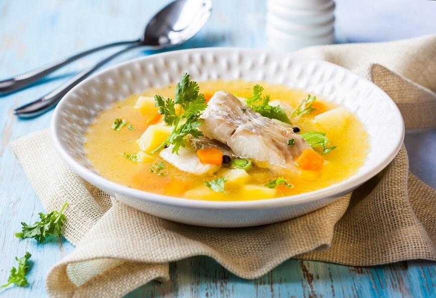 в старшем возрасте детям дают суп с кусочками рыбы
