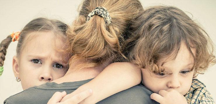 Соперничество между братом и сестрой: инструкция для родителей