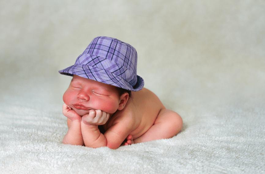 новорожденный не может удерживать самостоятельно держать голову