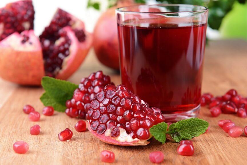 Гранатовый сок - отличный вариант для тех, кто не любит грызть косточки