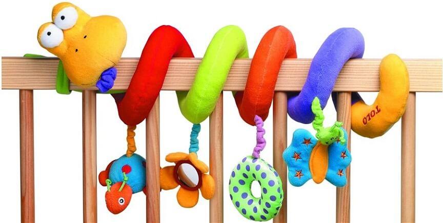 малышам будут полезны игрушки с различной фактурой