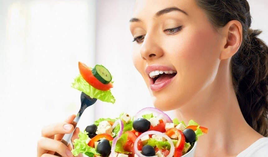для профилактики отравлений стоит употреблять только качественные и свежие продукты