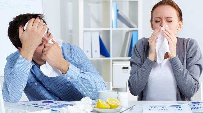 Контактировать с больными гриппом