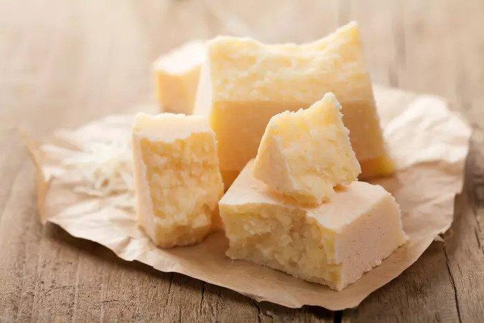 Если бы мы могли, мы бы покрывали каждую еду на горе сыра.