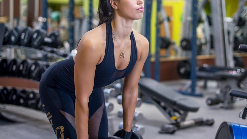 Становая тяга с гантелями: полный обзор упражнения
