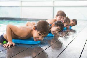 Плавание для детей: минусы