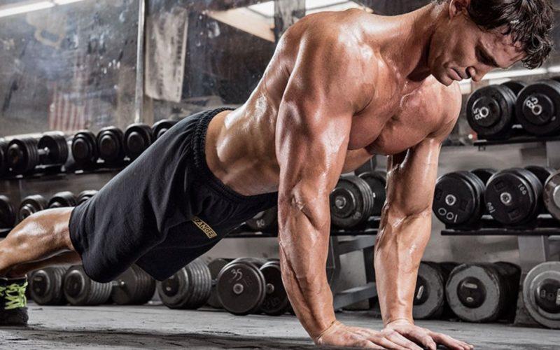 Отжимания узким хватом: виды упражнения и техника исполнения